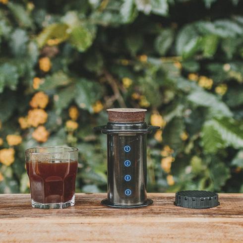 Como fazer um café espresso na Aeropress: veja!