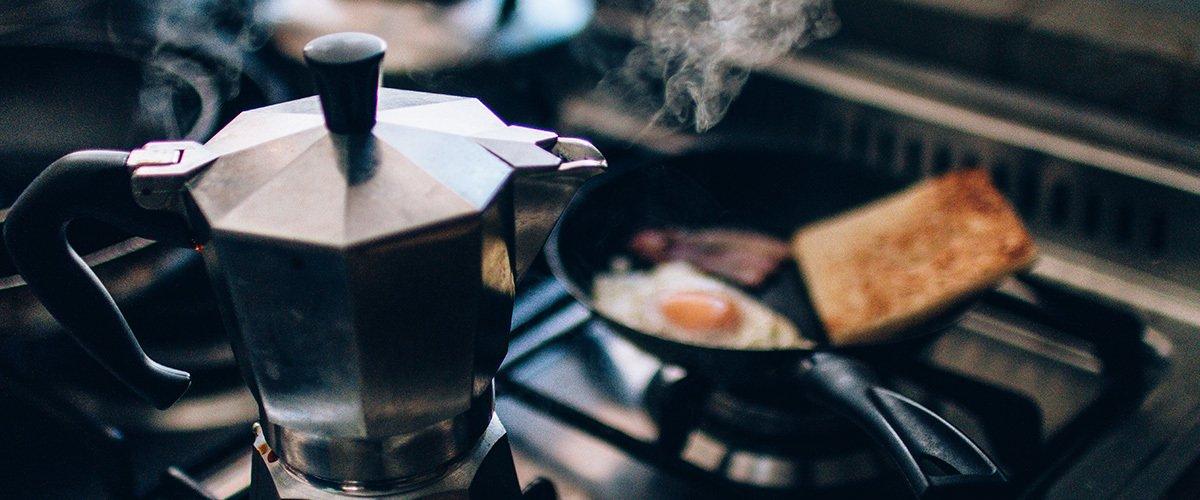 Veja 7 tipos de cafeteira italiana e como funcionam!