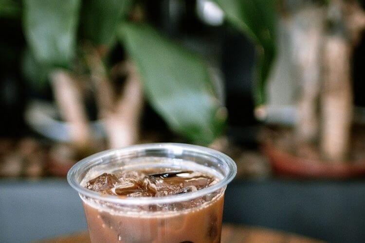 10 receitas de café gelado cremoso para você testar agora